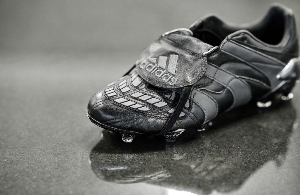 Adidas Predator Accelerator Eternal Class