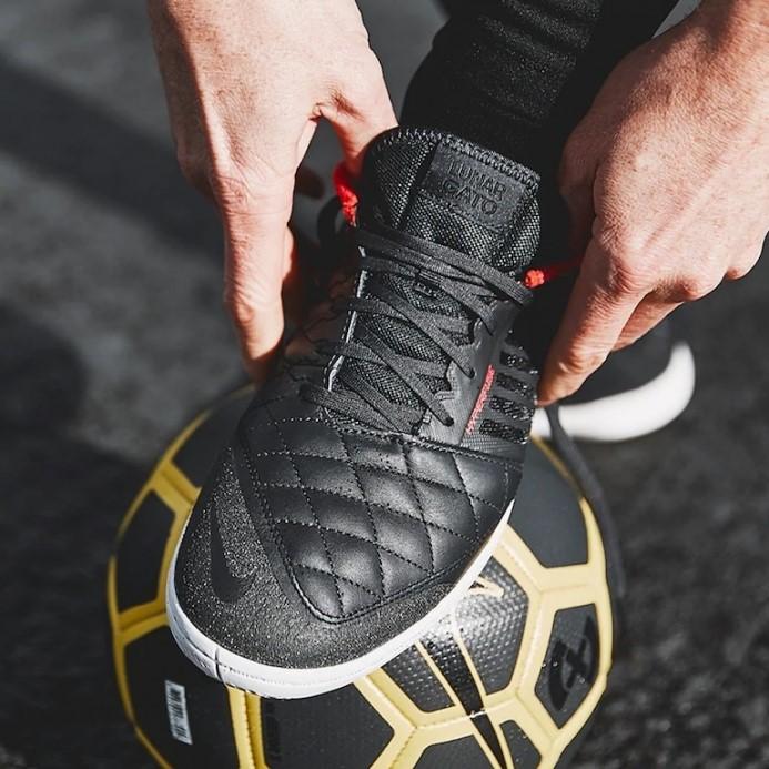 носок Nike Lunar Gato II