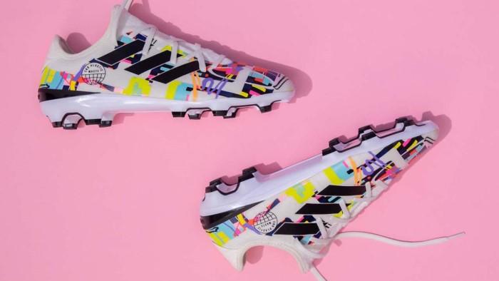 Adidas Gamemode Lovemode